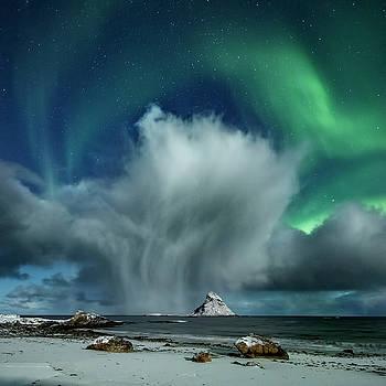 The cloud II by Frank Olsen
