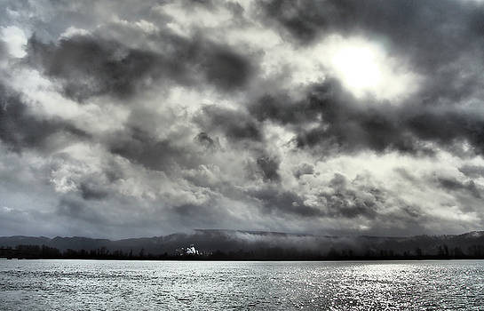 The Columbia River at Cathlamet by Kevin Felts