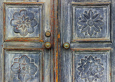 The Door by Ranjini Kandasamy