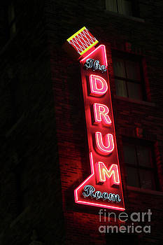Gary Gingrich Galleries - The Drum Room-0430