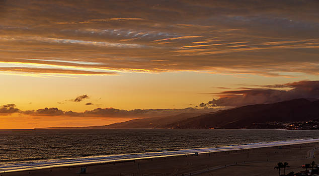 The End Of Daylight Turns Golden by Gene Parks