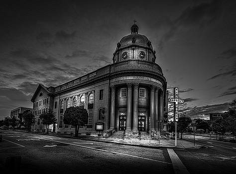 The First Baptist Church Of Tampa BW by Marvin Spates