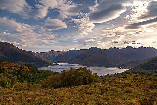 The Five Sisters of Kintail by Derek Beattie
