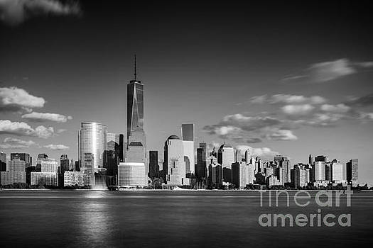 The Freedom Tower and the Lower Manhattan skyline by Justin Foulkes