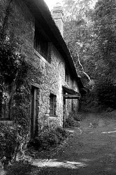 The Game Keepers Cottage by Michael Hope