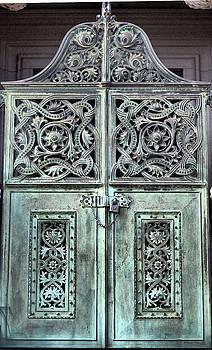 The gate by Joe Fernandez