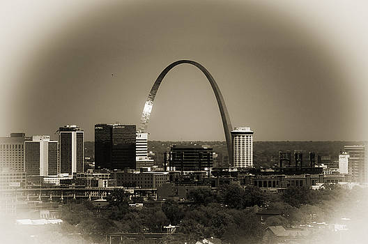 The Gateway Arch by Kristy Creighton