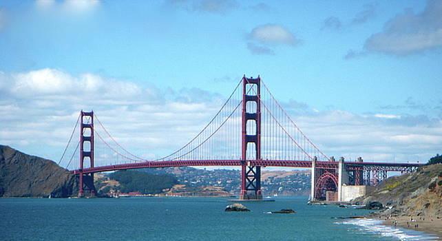 The Golden Gate by Jairo Rodriguez