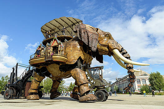 The Great Elephant of Nantes by Dutourdumonde Photography