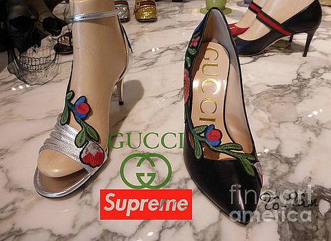 The Gucci Supreme Shoes 5 by To-Tam Gerwe