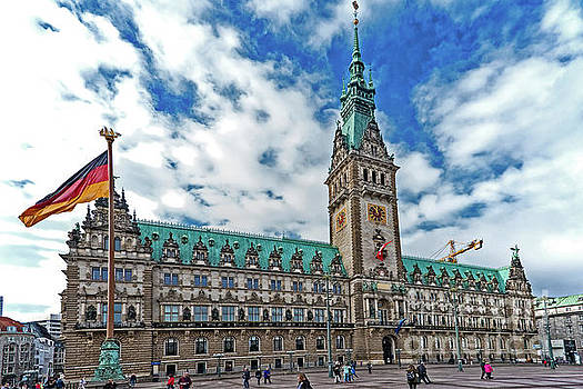 The Hamburg Rathaus by Pravine Chester