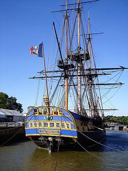 Cathy MONNIER - The HERMIONE at rest in Rochefort