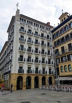 The Hotel La Perla by Mike Shaw