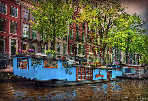 The Houseboats by Hanny Heim
