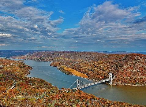 The Hudson River Valley by Thomas McGuire