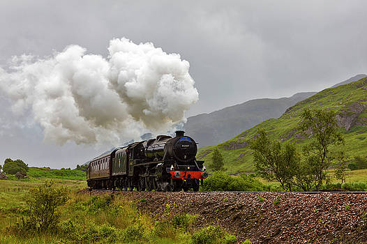 The Jacobite Steam Train by Derek Beattie