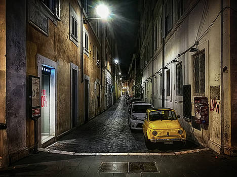 the little yellow Italian by Joachim G Pinkawa