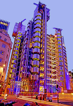 The Lloyds Building in the City of London by Chris Smith