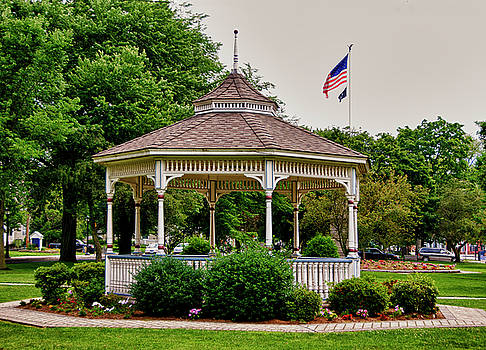 The Milford Center Gazebo by Frank Feliciano