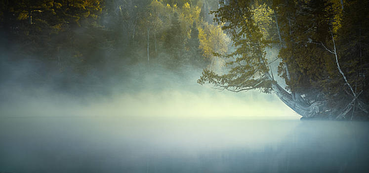 The Mists of Hunt Lake by Stuart Deacon