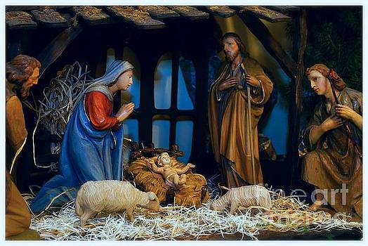 Frank J Casella - The Nativity Scene - Border