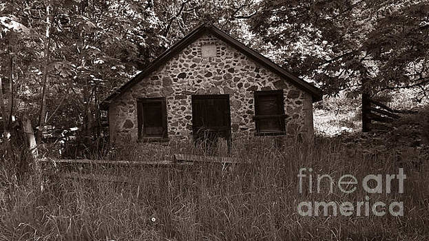 The Old Butter Barn by Mark Alan Perry