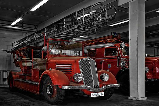 The Old Fire Trucks by Joachim G Pinkawa