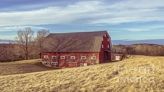 Edward Fielding - The Old Red barn in Winter