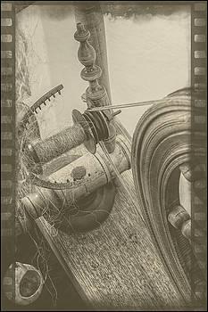 LeeAnn McLaneGoetz McLaneGoetzStudioLLCcom - The Old Spinning Wheel