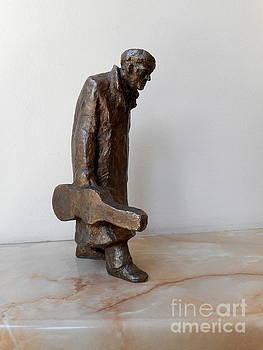 The old violinist by Nikola Litchkov