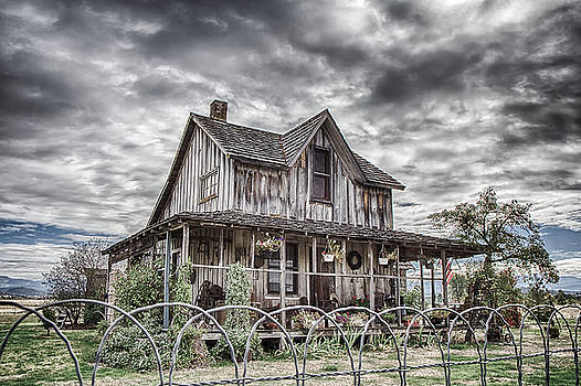 The Old Wood House Rogue Valley Oregon by Rick Starbuck