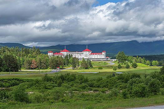 The Omni Mount Washington Resort 2 by Brian MacLean