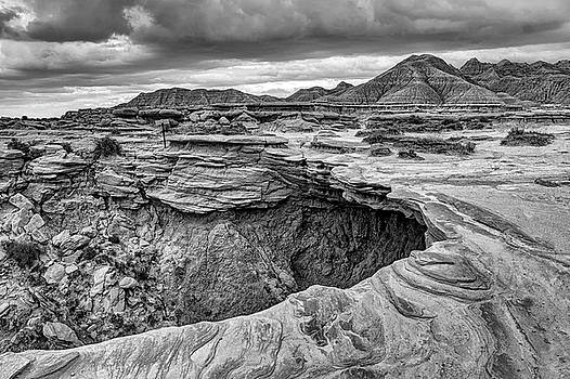Nikolyn McDonald - The Overhang - Black and White - Toadstool Geologic Park