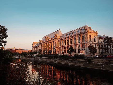 The Palace of Justice, Bucharest by Chris M