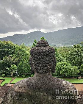 Edit Kalman - The Path of the Buddha #10
