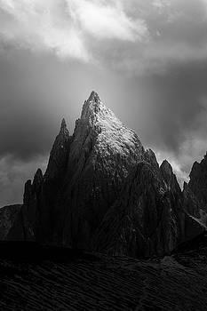 The Peak by Toma Bonciu