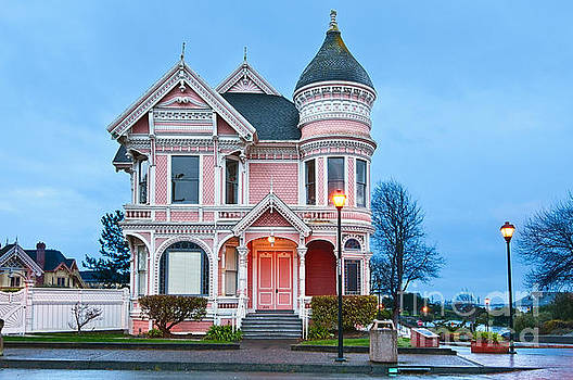 Jamie Pham - The Pink Lady is the ornate Victorian home of Milton Carson.