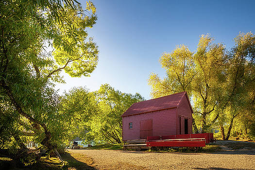 The Red Barn at Glenorchy Wharf by Daniela Constantinescu