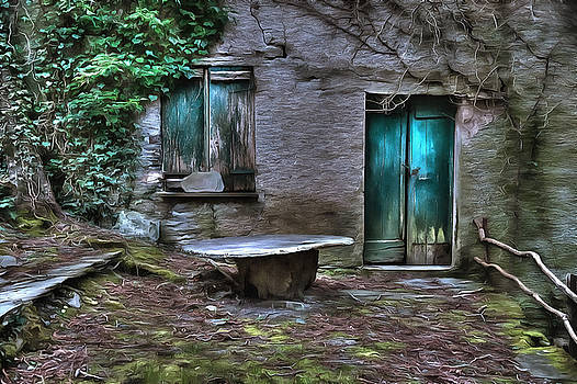 Enrico Pelos - THE ROUND TABLE HOUSE IN THE ABANDONED VILLAGE OF THE LIGURIAN MOUNTAINS HIGH WAY