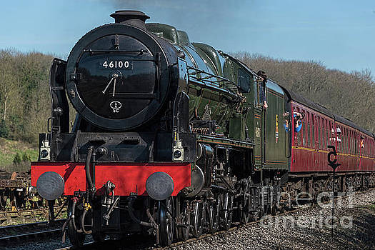 The Royal Scot 2 by David  Hollingworth