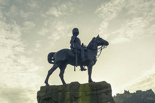 Jacek Wojnarowski - The Royal Scots Greys Monument