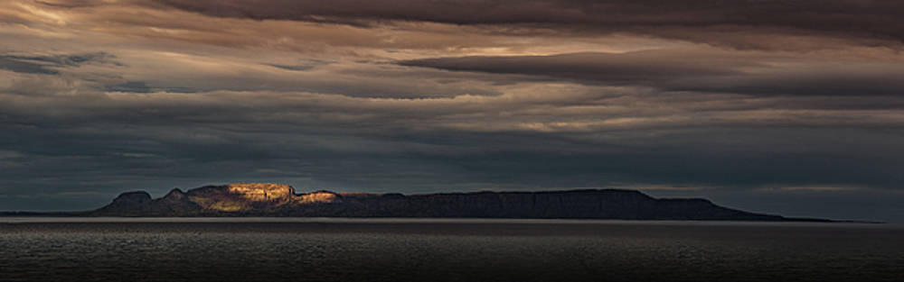 The Sleeping Giant Sunspot Pano by Jakub Sisak