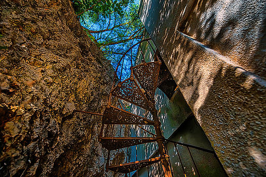 THE SPIRAL STAIRCASE OF THE ABBANDONED CHILDREN SUMMER VACATION BUILDING - LA SCALA A CHIOCCIOLA del by Enrico Pelos