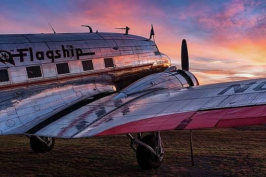 The Sun Rises on Flagship Detroit - 2017 Christopher Buff, www.Aviationbuff.com by Chris Buff