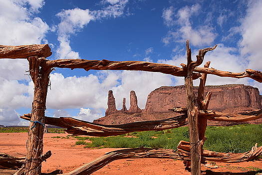The three sisters framed - Arizona by Dany Lison