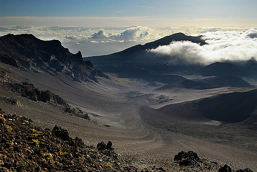 Reimar Gaertner - The top of Haleakala crater on Maui looking to Koolau Gap