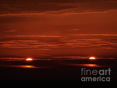 JORG BECKER - The two suns