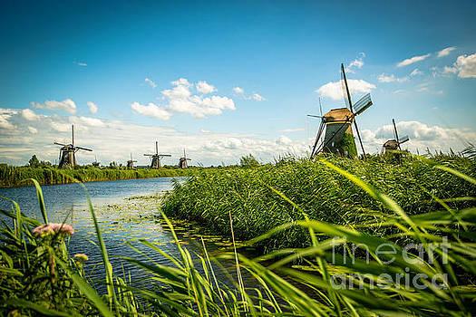 Hannes Cmarits - The wind mills of Kinderdjik