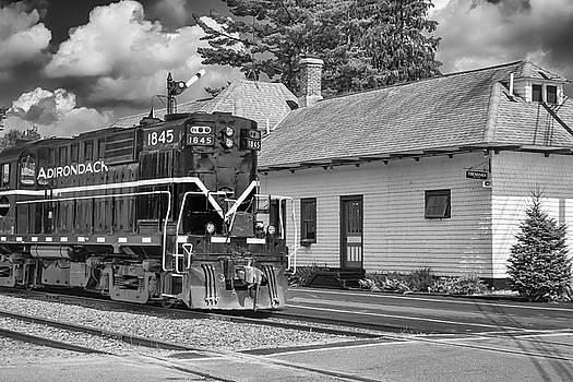 Thendara Station by Guy Whiteley