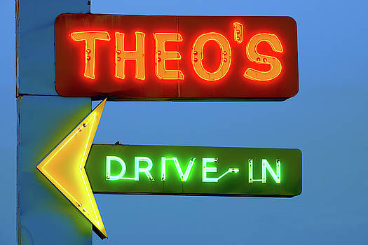 Theo's Neon 060218 by Rospotte Photography